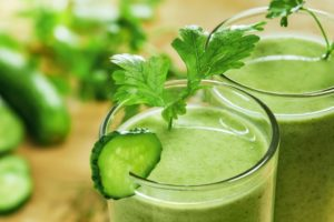 3 Best Juicers for Leafy Greens – Reviews