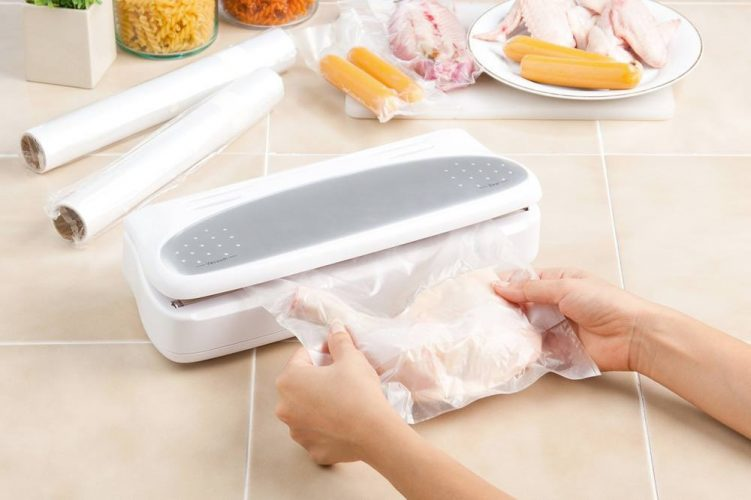 Keeping Your Food Safe With Vacuum Sealer